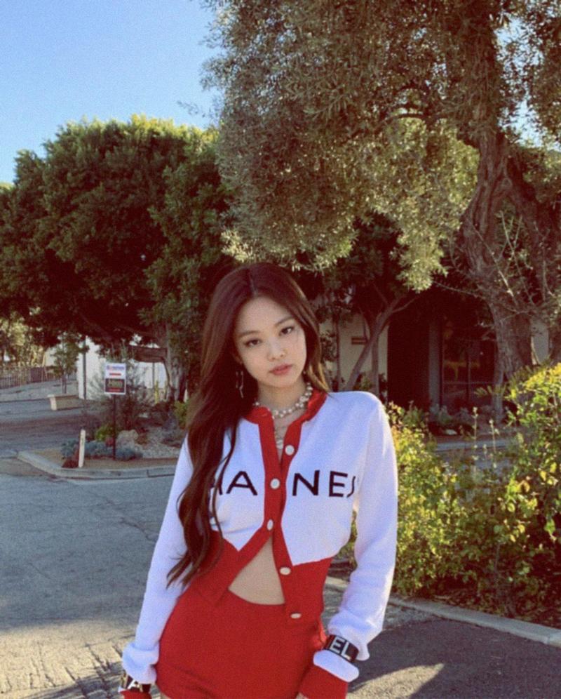 Jennie Kim Chanel